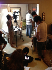 FIlming a scene of deSantos talking with his mother.